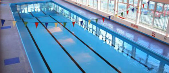 Swimming Lessons at Leon Leisure Centre