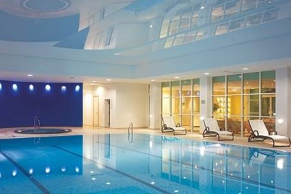 Swimming Lessons at Regency Park Hotel